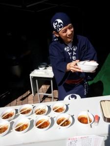 今年もきのこ汁の無料提供を実施しました。 ~札幌市円山動物園